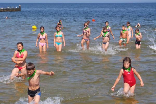 obozy młodzieżowe w Polsce